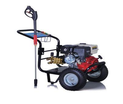 Máy bơm nước rửa xe áp lực cao chạy xăng KOCU 3WZ-3200A