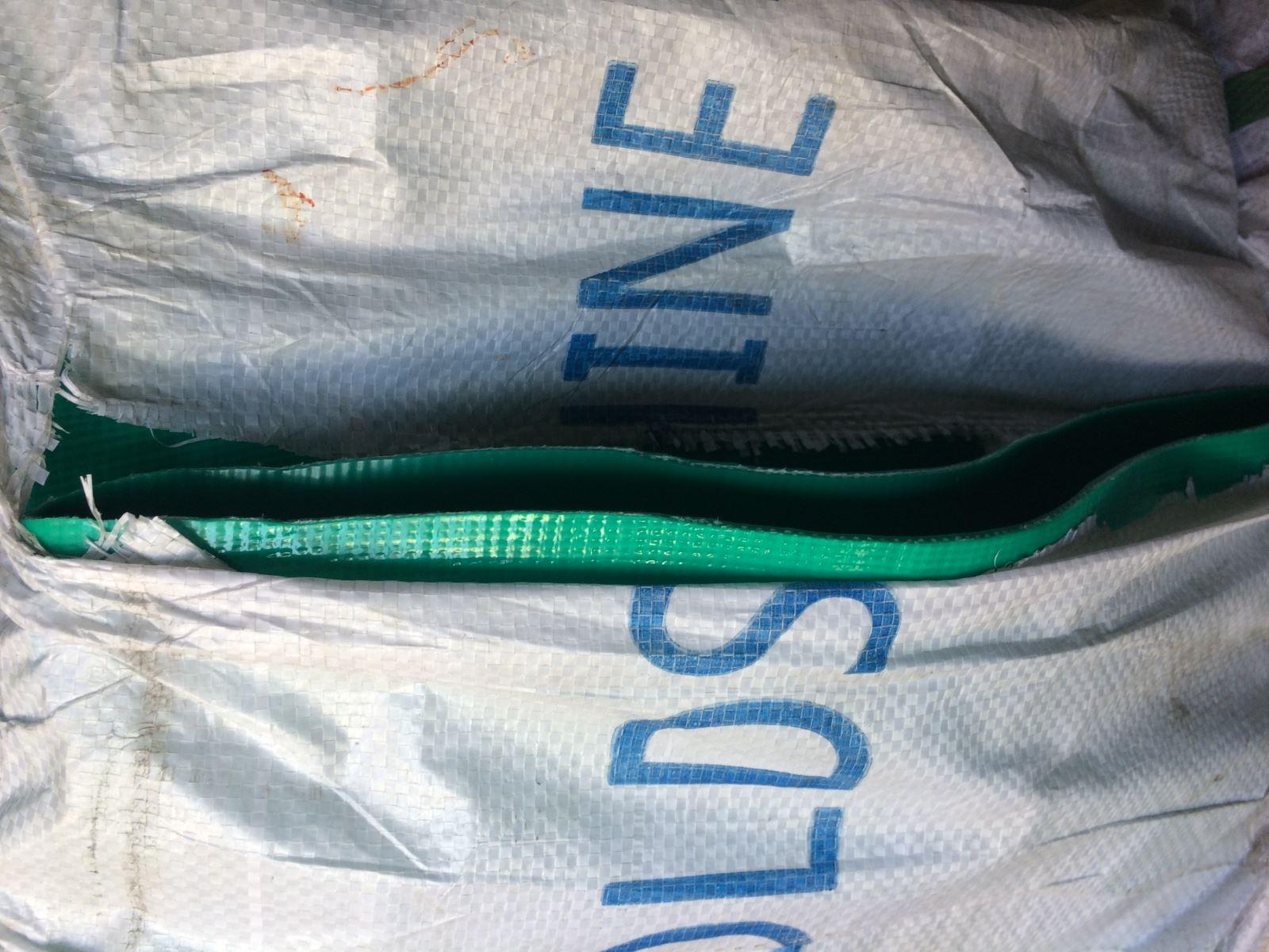 Ống bạt nhựa PVC xả cát phi 100